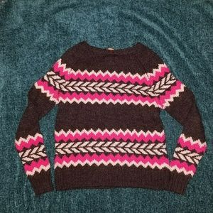 American Eagle Outfitters Tops - American Eagle Women's Sweater Size Medium
